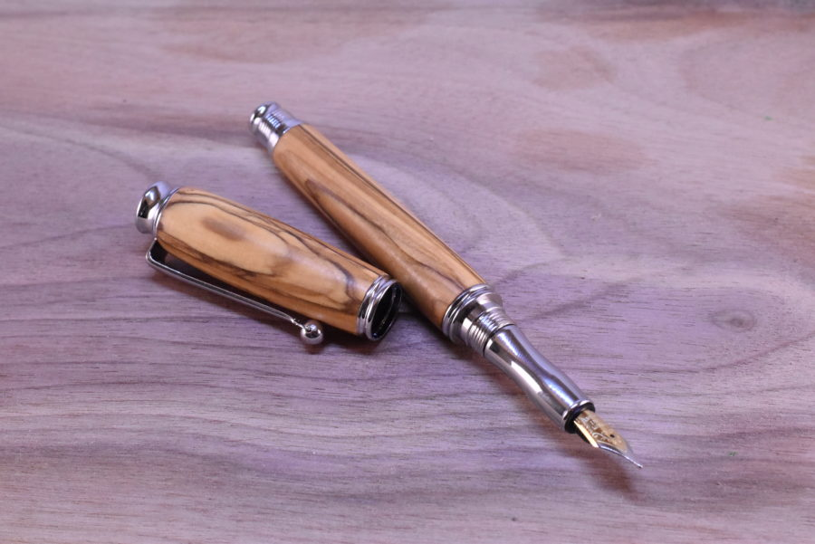 drevene plnici pero oliva silver