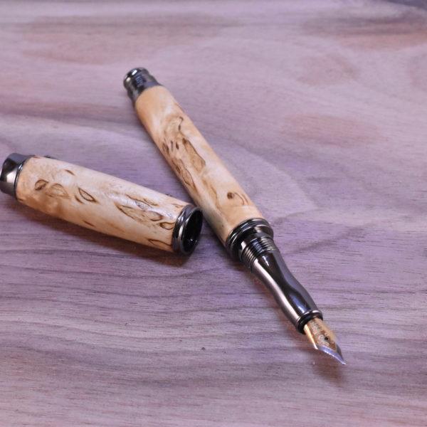 dřevěné pero plnici karelská bříza